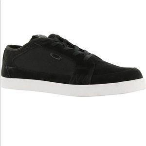 *NEW* Oakley Westcliff Casual Shoes Blackout